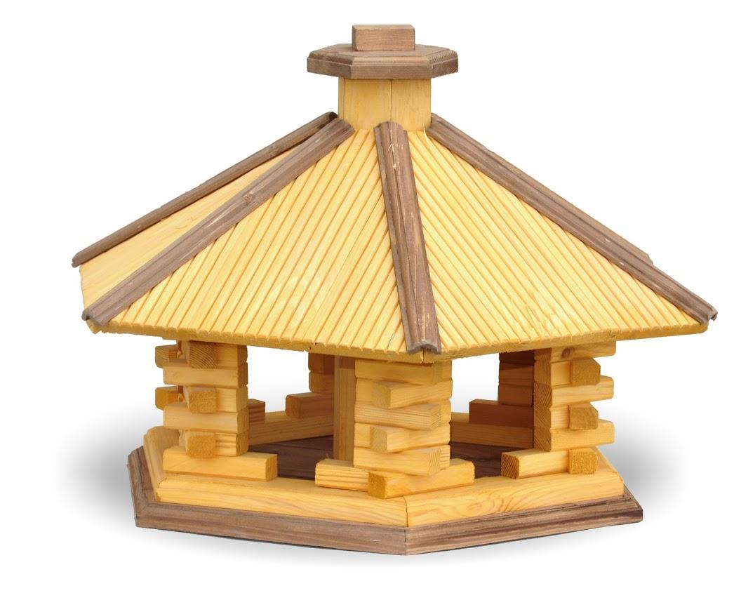 Gro e vogelhaus aus holz mit futtersilo masuren souvenir for Grosse esszimmertische aus holz